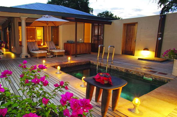 Luxurious safari accommodation is offered at Rattrays on Mala Mala.