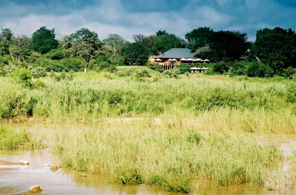 Exterior view of the Sable Camp in Mala Mala Private Game Reserve.